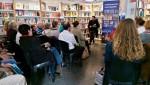 Phelim Drew předčítá úryvky z románu Pátý rozměr