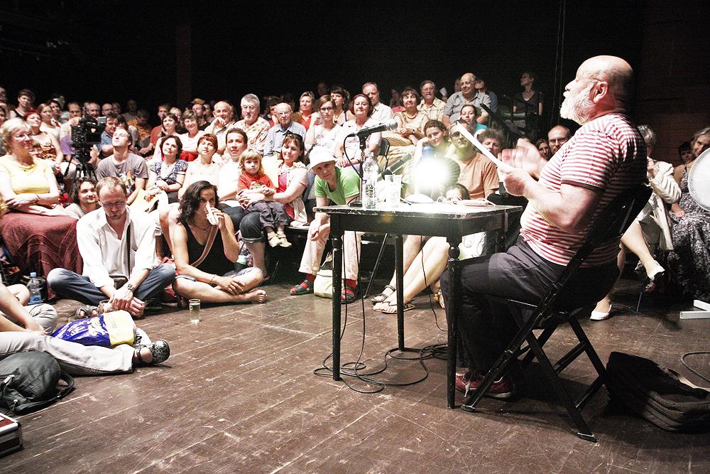 Arnošt Goldflam na Měsíci autorského čtení. Foto: David Konečný/Wikipedie
