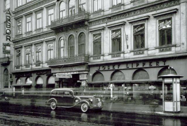 Praha, Černá růže, rok 1927. Foto: Wikipedie