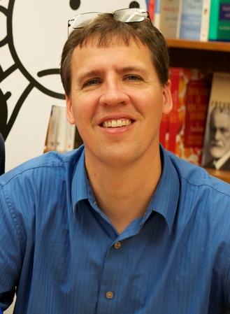 Foto: Jeff Kinney. Wikipedia, CC BY 2.0
