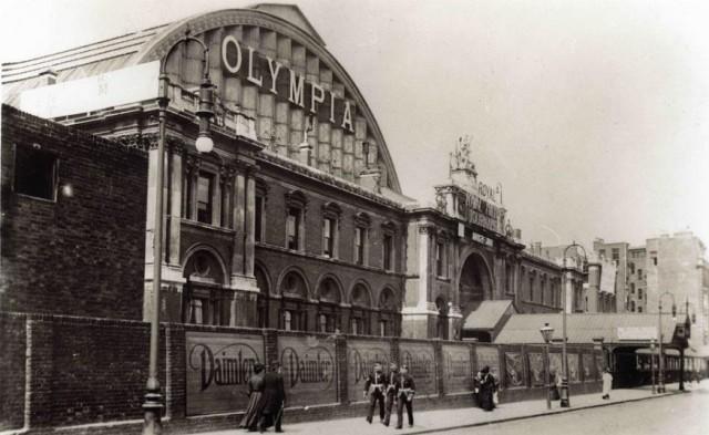 Londýnský knižní veletrh se koná ve výstavní hale Olympia London postavené v roce 1886. Foto: Londonist.com